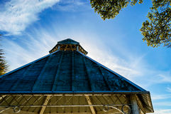 Gazebo con el cielo Imagen de archivo