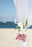Gazebo de mariage sur la plage Image stock