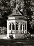 Gazebo en blanco y negro Imagen de archivo