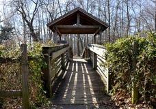 Gazebo en el parque de estado de Leesylvania, Woodbridge, Virginia fotografía de archivo
