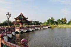 Gazebo för traditionell kines Royaltyfri Bild