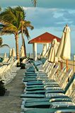 Gazebo, groene stoel, palmen in cancun Stock Foto