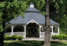 Gazebo in het Park Stock Foto
