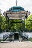 Gazebo i de Estrela trädgårdarna i Lissabon Royaltyfri Bild