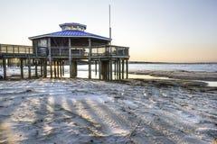 Gazebo på Chesapeakefjärden arkivfoto