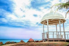 Gazebo på havet Royaltyfri Bild