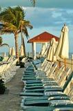 Gazebo, silla verde, palmas en cancun Foto de archivo