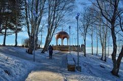 Gazebo w górach blisko miasteczka Kislovodsk w Rosja obraz stock