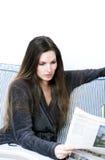 gazetowy czytanie Zdjęcia Royalty Free