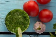Gazpacho del pepino en vidrio Fotos de archivo