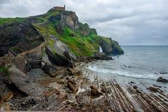 Gaztelugatxe spanje Baskisch Land Mooi landschapseilandje op de kust van Biskaje royalty-vrije stock foto