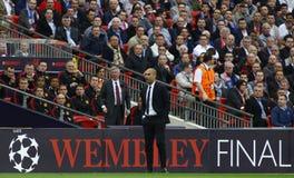 GBR: El fútbol defiende el final 2011 de la liga imagen de archivo