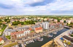 """GdaÅ """"sk van de lucht Landschap van van de binnenstad met de Nieuwe Motlawa-Rivier en de jachthaven Royalty-vrije Stock Foto"""