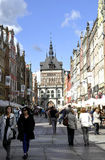 Gdański, Sierpień 25: Królewska trasa z Historycznymi budynkami w centrum w Gdańskim od Polska Zdjęcia Royalty Free