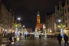 Gdansk, Polônia - 13 de dezembro de 2018: Decorações do Natal na cidade velha de Gdansk, Polônia imagens de stock