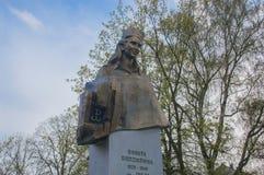 Gdansk Polen - April 27, 2017: Monumentet av den nationella hjältinnan Danuta Siedzikowna vet som Inka med tunnelbananamn: Danuta Fotografering för Bildbyråer