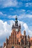 Gdansk Polen - April 27, 2017: Torn av kyrkan för ` s för St Catherine Royaltyfria Foton