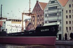GDANSK POLEN - Maj 17, 2014: Skepp i historisk flotta Museum s Arkivbild