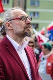 Gdansk Polen, 05 03 2016 - Mateusz Kijowski (KOD) på Monumen Arkivfoton