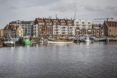 GDANSK POLEN - 13. OKTOBER 2016: Jachthafen in Motlawa-Fluss in Gd Lizenzfreie Stockbilder