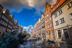 Gdansk, Polen September 19,2015: Bunte Häuser - Wohnungen herein Stockbilder