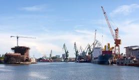 gdansk skeppsvarv Arkivfoton