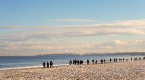 在波罗的海的早晨步行, Gdask,波兰 免版税图库摄影