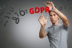 GDPR pojęcia wizerunek Ogólnych dane ochrony przepis ochrona osobiści dane w Europejskim zjednoczeniu Młody człowiek Zdjęcie Royalty Free