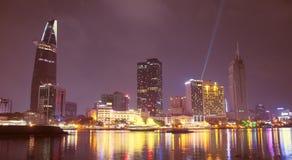 Gdy Ho Chi Minh miasto zaświeca w górę obrazy royalty free