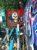 Geëtiketteerde graffiti of dood royalty-vrije stock foto's