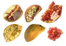 Geïsoleerd granaatappelshells Stock Afbeelding