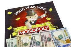 Geïsoleerd het contante geldgeld van monopoliesweepstakes stock afbeelding