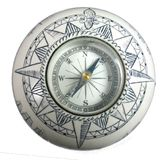 Geïsoleerd macro uitstekend decoratief ceramisch kompas stock fotografie