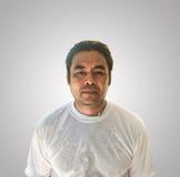 Geïsoleerd portret van de Aziatische mens en het knippen weg op gradiëntachtergrond Royalty-vrije Stock Fotografie