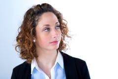 Geïsoleerd portret van een mooie jonge uitvoerende vrouw Royalty-vrije Stock Afbeelding