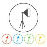Geïsoleerd studio licht pictogram, wit op het blauw Royalty-vrije Stock Afbeeldingen