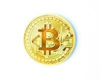 Geïsoleerd van gouden bitcoinmetaal stock afbeelding