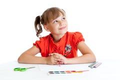 Geïsoleerdb schoolmeisje met rood potlood Stock Fotografie