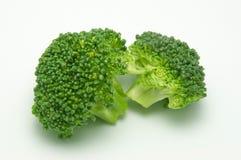 Geïsoleerdeàstukken van brocoli Stock Foto