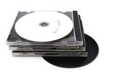 Geïsoleerde CDs en plastic dozen royalty-vrije stock foto