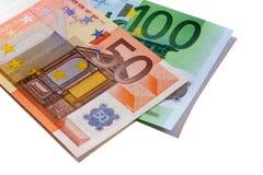Geïsoleerde de rekeningen van het euro 50 en 100 geld Royalty-vrije Stock Foto's