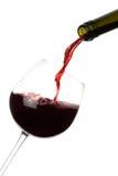 Geïsoleerde Gieten van de rode Wijn Royalty-vrije Stock Foto