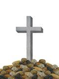 Geïsoleerde grijze houten kruis en begrafenisstapel van rotsen christelijk symbool van verrijzenis Royalty-vrije Stock Foto