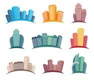 Geïsoleerde kleurrijke geplaatste wolkenkrabbersemblemen, cityscape van architecturale gebouwen in de vectorillustraties van de b royalty-vrije illustratie