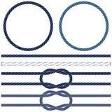 Geïsoleerde marinekabel, mariene knopen, gestreepte kabel in blauw en wit vector illustratie
