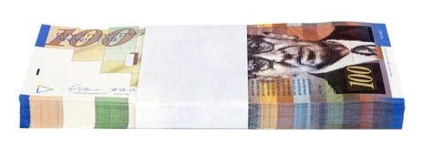 Geïsoleerde 100 NIS Bills Stack Stock Foto