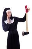 Geïsoleerde non met bijl Stock Afbeeldingen