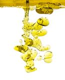 Geïsoleerde olijfoliedalingen Stock Afbeelding