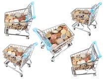 Geïsoleerde reeks van boodschappenwagentjes met euro muntstukken stock afbeelding