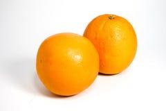 Geïsoleerde sinaasappel twee Stock Afbeelding